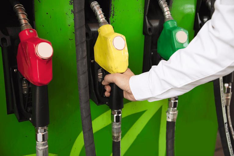 ¿Qué es el IEPS y cómo afecta el precio de la gasolina?