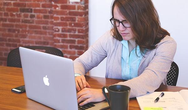 Efectos del estrés laboral en las empresas 2