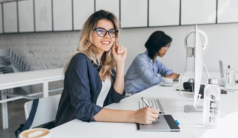 establecer-esquema-de-trabajo-mixto-para-el-regreso-a-la-oficina