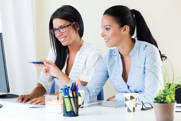 mujeres-en-puestos-directivos-mejores-resultados 1